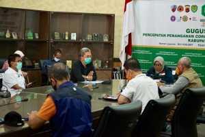 Rapat 5 kepala daerah Bodebek membahas perpanjangan PSBB, di Pendopo Bupati Bogor, Cibinong, Kabupaten Bogor