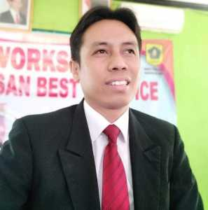 Anggota Dewan Pendidikan Jawa Barat (DPJB), Idris Apandi