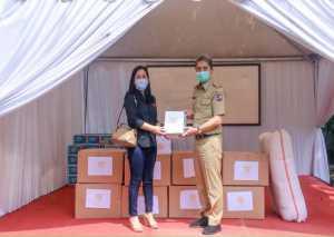 Aksi Sosial Bersama SHGC Lawan Covid-19 Sentul Highlands Golf Club Bersama Golfer  Donasikan 900 Paket APD dan 871 Lunch Box