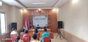 Pertemuan Waka Kominfo Kwarcab Kab. Bogor bersama jurnalis Pramuka untuk tim publikasi Kwarcab Kab. Bogor dengan menerapkan protokol kesehatan.