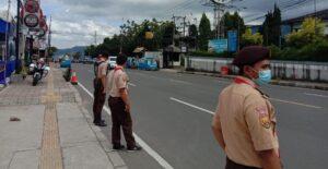 Anggota Pramuka Kwarran Cisarua Ikut Giat PAM Lalin dan Operasi Wibawa Praja