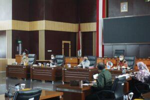 Rapat bersama Pansus Pengawasan Penanganan Covid-19 DPRD Kota Bogor